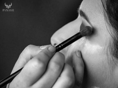 création de maquillage