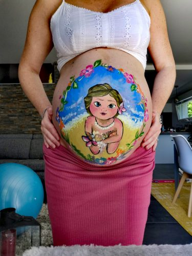 Belly painting Disney