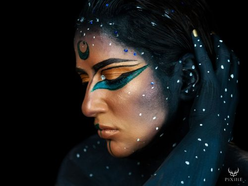 Maquillage Egyptien body painting